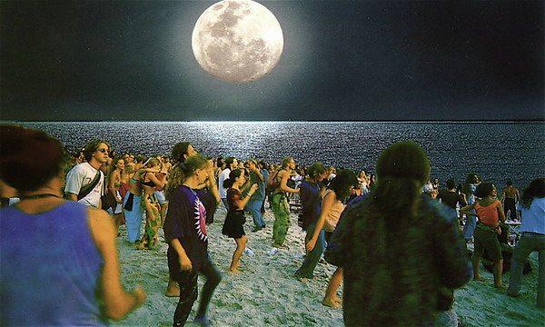 Hoe overleef je een Full Moon Party? - Hier is Thailand.nl
